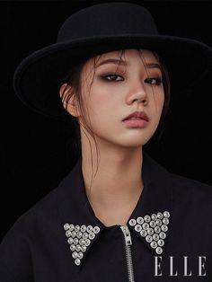 Girl's Day's Hyeri for ELLE Korea Magazine September Issue Girl's Day Hyeri, Lee Hyeri, Kpop Girl Groups, Korean Girl Groups, Kpop Girls, Just Beauty, Hair Beauty, Asian Eye Makeup, Asian Eyes