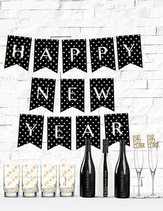 Free Printable Gold Glitter Polka Dot Happy New Year Banner from @chicfetti #freeprintable #nye