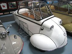 1954 Messerschmitt KR175. Fend Kabinenroller FK-150, it included all the elements of the first production Messerschmitts except for the plexi dome made up of several pieces, and the 150cc motor. This car is a Series 1 KR175 which is different from the Series 2 in that it has: Wiper motor can be operated by hand and the open drive chain, among other things. This car also has an original side luggage rack.