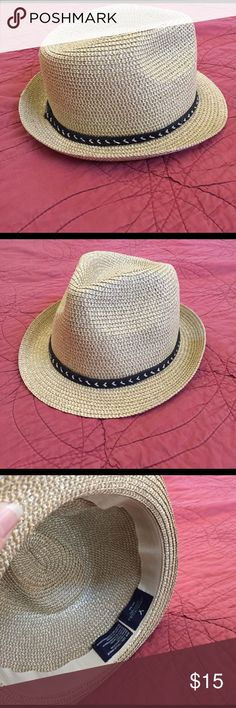 Fedora Very cute straw Fedora. Bought to wear on the beach last summer and never did. American Eagle Outfitters Accessories Hats