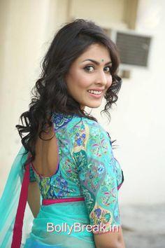 Madhu Shalini Hot HD Pics From Photo Shoot In Saree
