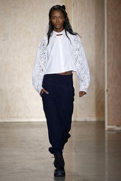 DKNY, A-H 16/17 - L'officiel de la mode