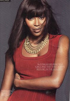 Harlequin Market Press - Sunday Style 2014 - Naomi Campbell in gold tone necklaces from HQM