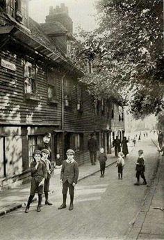 Collingwood Street of Blackfriars Road1900