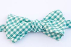 the REAL TEAL BOWTIE by robintreelane on Etsy, $35.00