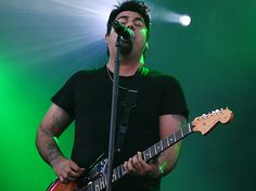 Canal Electro Rock News: Team Sleep, projeto de Chino Moreno do Deftones, lança clipe de Blvd Nights