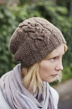 Rosebud Garter Hat with Large Cabled Braid