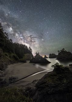 Gravity Wave ... the Milky Way rises over Secret Beach, just outside of Brookings along the southern Oregon Coast. | by Jasman Mander on 500px