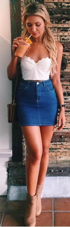 #whitefoxboutique #spring #Summer #outfitideas | White Clam Crop + Denim Skirt