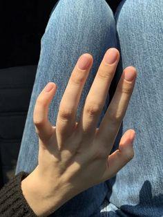 160 stylish nail designs for short nails – page 4 Minimalist Nails, Cute Nails, Pretty Nails, Hair And Nails, My Nails, Design Ongles Courts, Nagellack Trends, Short Nail Designs, Short Nails
