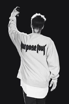 Who else loved #PurposeTour? Always fun to see #JustinBieber !🎉 new post on my 7 favorite things about Purpose Tour last summer, I talk funny moments, throwback songs and more...read about it on heyitsmarisa.wordpress.com #justin #purpose #believe #loveyourself #sorry #company #letmeloveyou #coldwater #aslongasyouloveme #baby #myworld #tour #concert #music #blogger #blog
