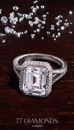 #Emerald #Diamond #Rings