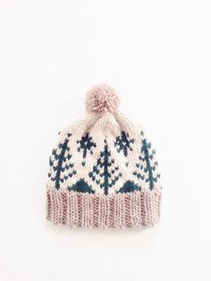 Knit this Adirondack Toboggan Hat with Lion's Pride Woolspun! Get the knit…