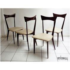 Sedie Ico Parisi anni '50 #arredamento #design #milano #sideboard #middlecentury #forniture #modernariato #forsale #living #home #sedie #vintage #art #lamps #livingroom #casa #visual #visualmerchandising #table #nolo #viapadova #poltrone #industrialchic #mirrow #allestimenti #vetrine #luxury #architects #chairs