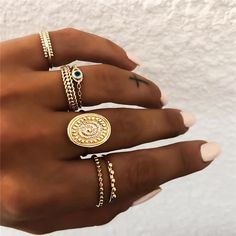 May 2020 - Yobest Bohemian Vintage Gold Crescent Geometric Joint Ring Set for Wom – Boho Jewelry, Vintage Jewelry, Jewelry Accessories, Fine Jewelry, Fashion Jewelry, Fashion Earrings, Fashion Accessories, Trendy Accessories, Womens Jewelry Rings