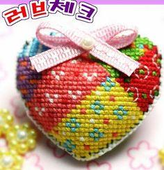 ♥Meus Gráficos De Ponto Cruz♥: Corações em Patchwork Ponto Cruz