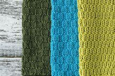 Voit kuvioida rätin 2 oikein, 2 nurin -neuleen sijaan yhdellä tai kolmella jaollisilla pinnoilla. Hellevi on nimennyt pinnat ruusunnupuksi, tulppaaniksi ja rairuohoksi. Projects To Try, Presents, Blanket, Knitting, Crochet, Crafts, Diy, Accessories, Handicraft Ideas