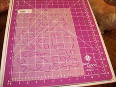 "Amazon.com: 10"" Sewing Box Jumble Quilting Stencil: Arts, Crafts & Sewing"