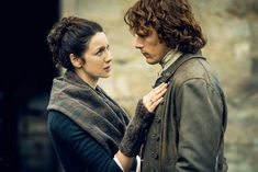 Outlander season 4 news, rumors, spoilers Best Shows On Netflix, Netflix Us, Best Tv Shows, Period Drama Movies, Period Dramas, Jamie Fraser, Claire Fraser, Sam Heughan, Anne And Gilbert