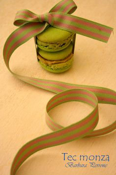 Special thanks -  Jane Means' ribbons - U.K.  Cristian Marabelli 's Macarons - Italy