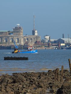 Fishing boat on the Medway [shared]