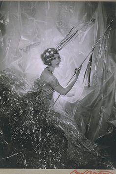 Cecil Beaton, 'Miss Nancy as a Shooting Star', 1928