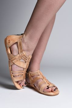 Beautiful tan sandals from bedstu are hand made and comprised of organic leather. They are both durable and comfortable.These gladiator inspired short sandals are great for a summer look. Perfect for fans of free people or Frye.
