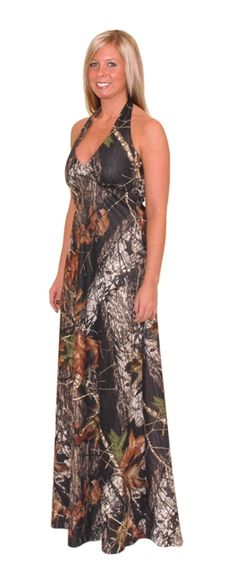 Finally, camo dresses! Mossy Oak weddings and Mossy Oak proms are all the rage and it is hard to find camo prom dresses. You really can have a camo prom dress, or camo bridesmaids dresses for your camo wedding. All camouflage dresses here are exclusively from Camo Diva.