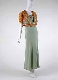 1930 - Drecoll. Wool, silk, coral, silver, rhinestones.