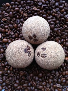 Handmade Aromatherapy Fizzy Energizer Coffee Bath Bomb from BlueAndCherry on Etsy