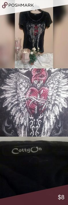 "CottyOn Black Tee Black tee with wings and heart. In excellent used condition. Size MEDIUM. APPROX 29"" long from shoulder to hemline. Approx 17"" wide from pit to pit.  * Accepting most offers * Bundle and save! Tops Tees - Short Sleeve"