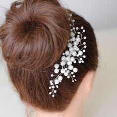"""Купить Свадебный гребень для прически белый из бусин """"Белый перламутр"""" - свадебный гребень, гребень свадебный Headpiece Jewelry, Headpiece Wedding, Bridal Headpieces, Hair Jewelry, Bridal Jewelry, Bridal Comb, Bridal Tiara, Hair Beads, Wedding Hair Pieces"""