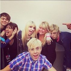 the lynch boys and ratliff with thier mommas on mothers day!