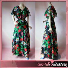 Vintage 1970s Boho Margo Caped Shoulders Chiffon Printed Flared Maxi Dress UK16
