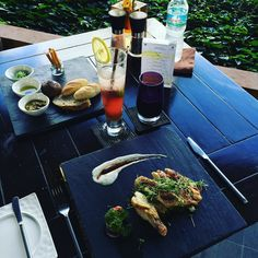 Lunch in the sun @anantara_hotels #bophut #kohsamui #resort #food #sustainability #fullmoon Re-post by Hold With Hope