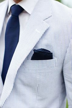 #menswear #style #dapper #white #blue #striped #jacket #blazer #tie #pocketsquare #outfit