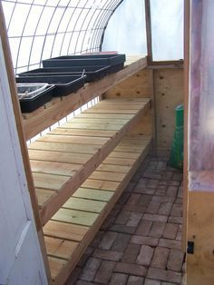 Get inspired ideas for your greenhouse. Build a cold-frame greenhouse. A cold-frame greenhouse is small but effective. Greenhouse Shelves, Greenhouse Interiors, Backyard Greenhouse, Greenhouse Growing, Small Greenhouse, Greenhouse Plans, Homemade Greenhouse, Greenhouse Wedding, Pallet Greenhouse