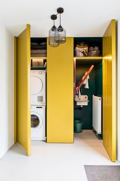 From messy room to colorful, sleek utility room - Eigen Huis en Tuin - Your washing machine out of sight? This messy room has been transforme - Yellow Interior, Room Interior, Interior Design Living Room, Living Room Designs, Design Bedroom, Living Rooms, Design Jobs, Küchen Design, Home Design