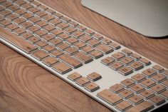 Wooden caps for Apple keyboard