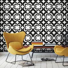 Retour dans nos années favorites graçe au papier-peint Squint Eyes#papierpeint #original #whitebed #confy #luxury #modern #bedroom #bathroom #Paris #Appartment #DIY #Renovation #Artisanal #Exclusif #Livingroom #idea #design #architecture #la #customize #wall #blog #décor #pattern #home #bulblight #magazine #door #floor #satin #soie #coussin #déco #trendy #city #spring #wallsticker #autocollant #stickermural #éphémère #repositionnable #popart #70 #retro #plants #blue #orange #chair #table…