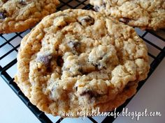 Whole Wheat Oatmeal Chocolate Chip Cookie