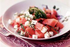 Kijk wat een lekker recept ik heb gevonden op Allerhande! Watermeloen met kaas en munt