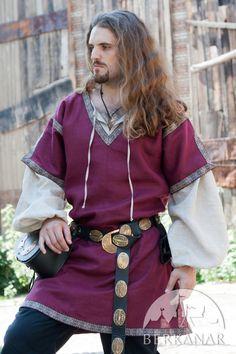 Классическая мужская средневековая туника с овертуникой