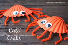 Make adorable crab art projects with little kids using seashells.