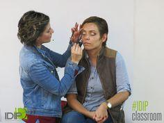 maquillaje en IDIP www.idip.com.mx  #maquillaje #makeup #eye #color #lips #trendy #tendencia #look #classroom #class #beauty #profesional #moda #imagen #trendy #tendencia #IDIP