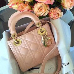 Roses and Dior bag for the lady. #dior #nude #roses