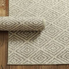 Diamond Sisal Rug | Ballard Designs