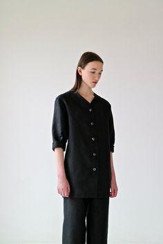Irish linen long shirt, made in Ireland, by 31 Chapel Lane