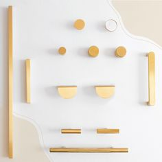 ABI - Supplier of premium quality kitchen handles and cupboard handles. Shop online or In-store. Home Decor Kitchen, Kitchen Living, Home Kitchens, Kitchen Design Gallery, Modern Kitchen Design, Bathroom Interior, Kitchen Interior, Gold Bathroom, Bathroom Inspiration