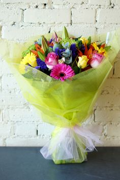 Just one of the stunning hand-tied bouquets we delivered out today to people, the customer rang us from Australia and wanted something vibrant and bright to send to her friend for her 30th Birthday! Lets hope she liked them! :) #reidsflorists #birthdayflowers